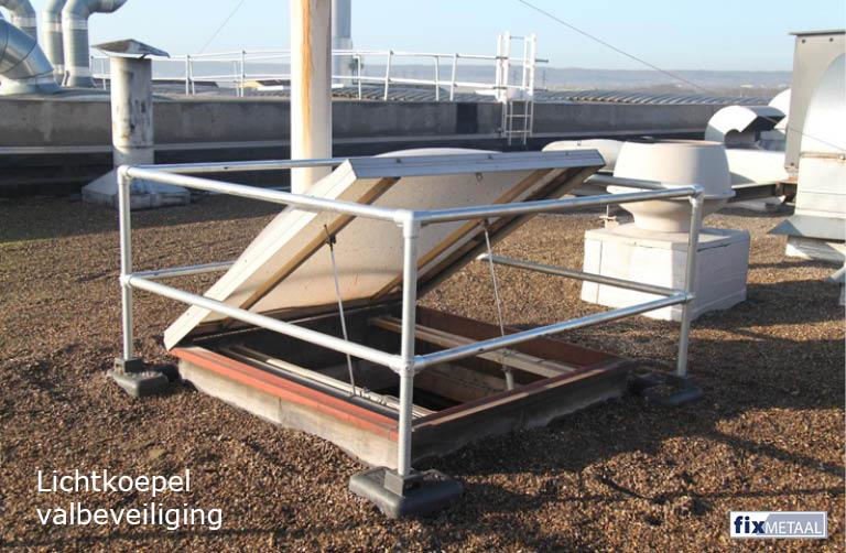 Valbeveiliging voor dakkoepel met hek van 1,10 meter